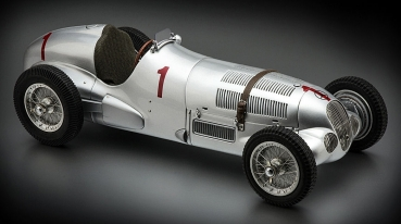 CMC M-113 - Mercedes Benz W125 GP Donington Nr. 1 1937 1:18